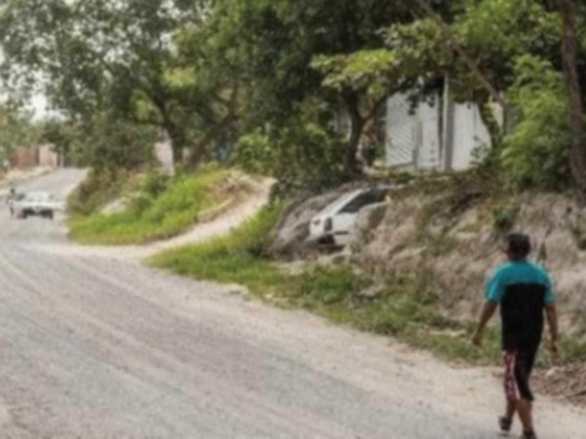 Así es Martina Bustos, una comunidad donde sus calles son de polvo y también se observa la tierra caliza. Crédito Eyleen Vargas